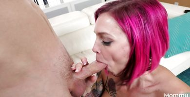 Sinful Anna Bell Peaks enjoys having her tight pie drilled by dude